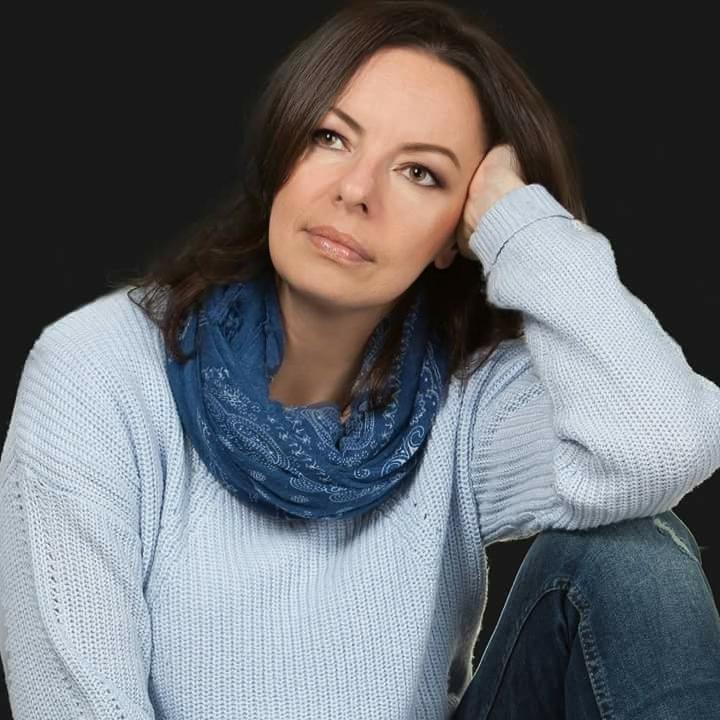 Wiolettą Sawicką wyspa-kobiet.pl