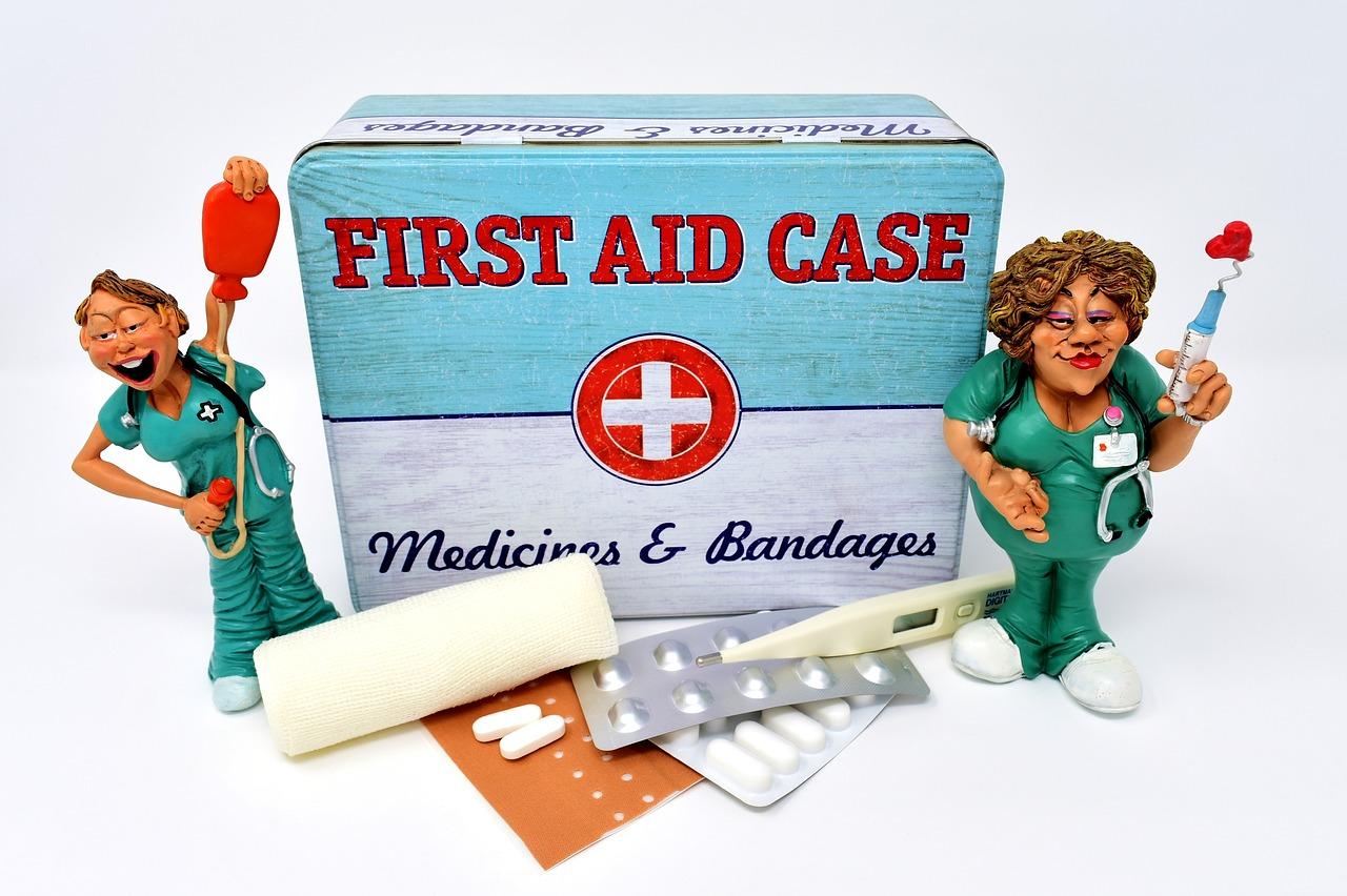 pierwsza pomoc przy zranieniu wyspa kobiet